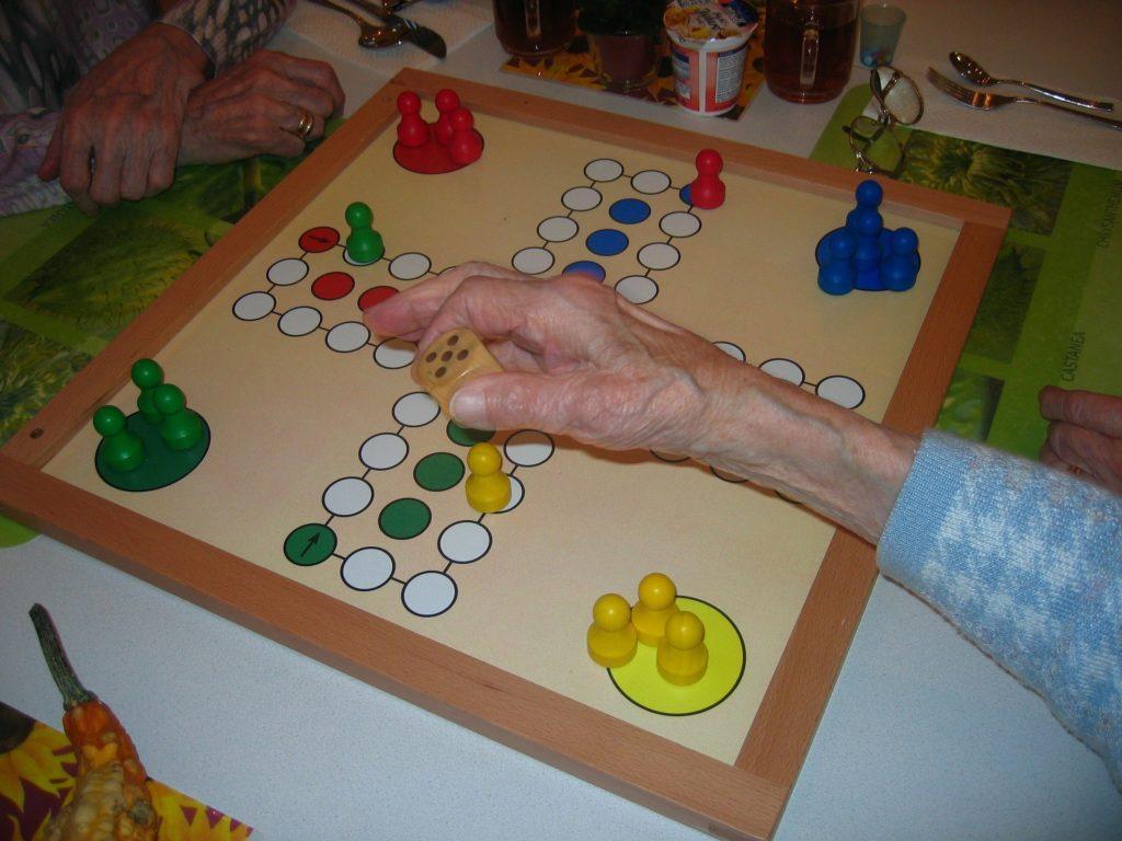 namizne-igre-trgovina-moko-clovek-ne-jezi-se