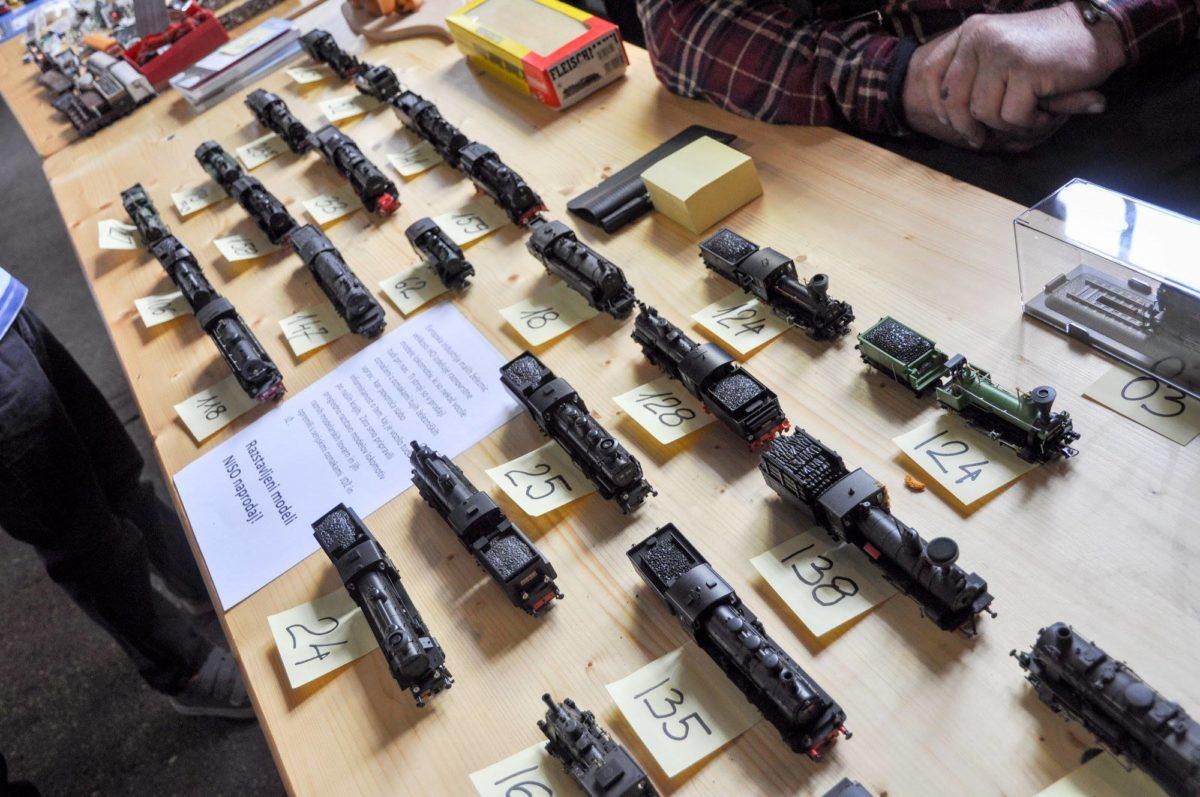 zbirateljstvo-modelarstvo-hobi-trgovina-kovac-zeleznica-modeli